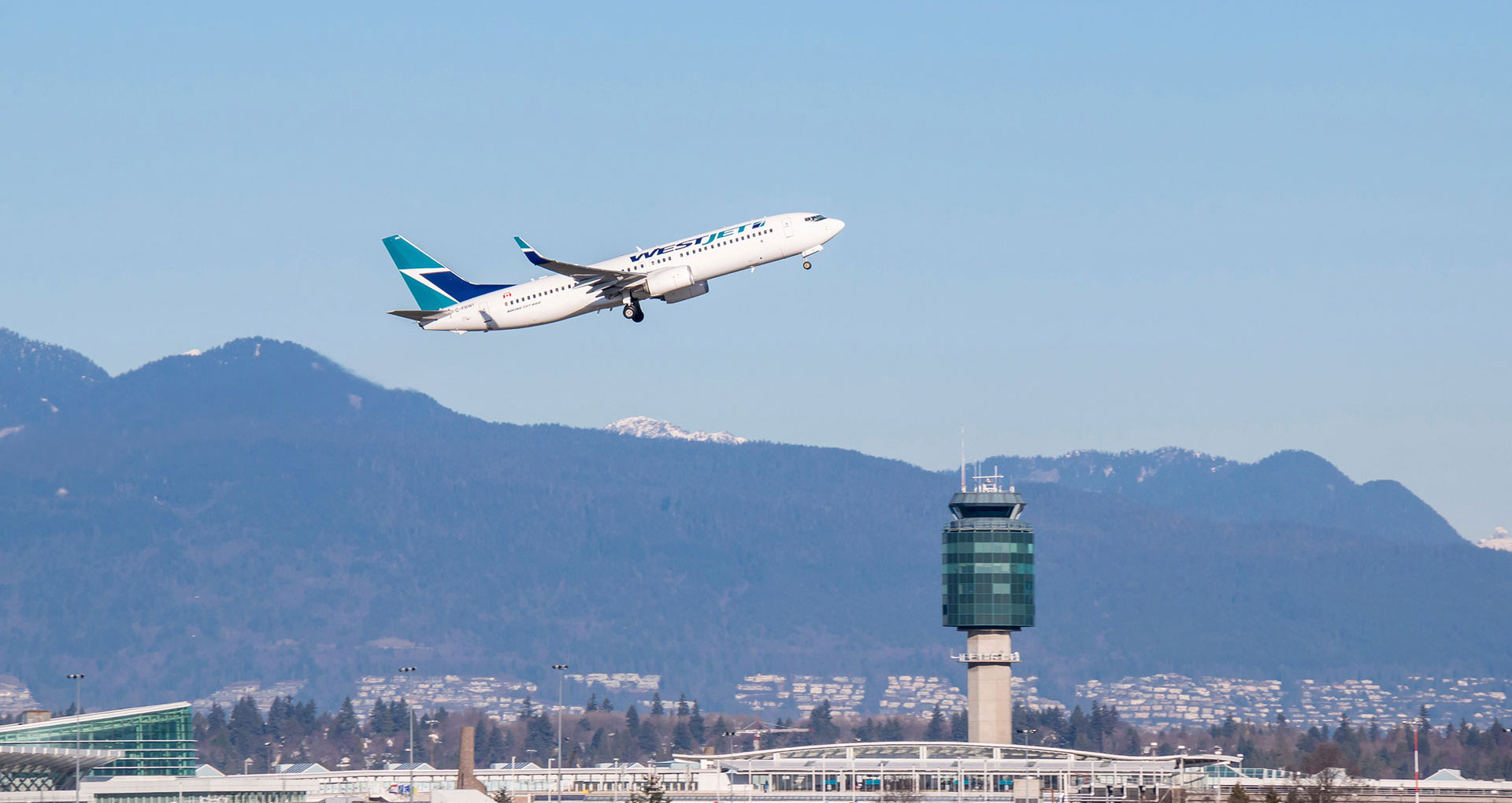how to get to calgary airport from downtown